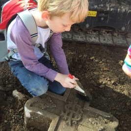 Archaeological dig, Toowong Cemetery